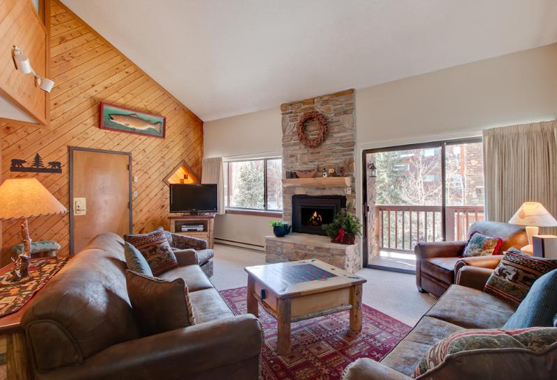 2 Bedroom, 2 Bathroom House in Breckenridge  (12A) - Image 1 - Breckenridge - rentals