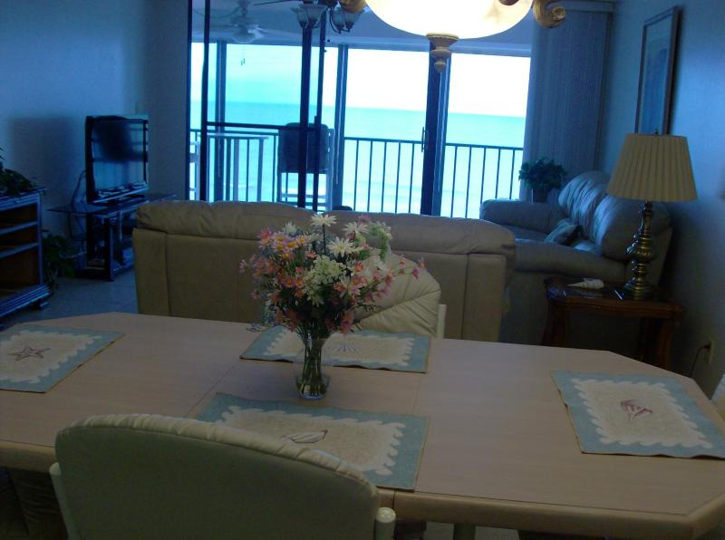 Gulf of Mexico is absolutely beautiful seen from 5th floor condo - Fantastic 2 X 2 Condo Overlooking Gulf of Mexico - Indian Rocks Beach - rentals