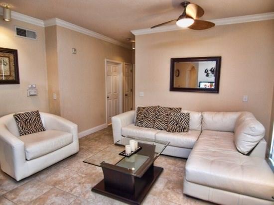 Living Area - TR3C415TRC 3 Bedroom Beautiful Condo Near Golf Course - Davenport - rentals