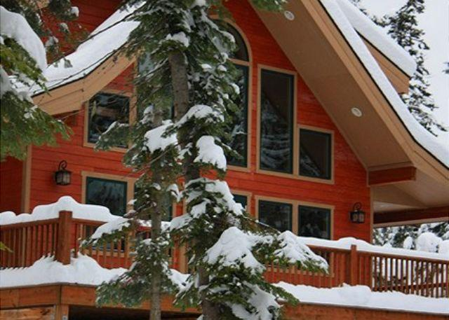 Winter Wonderland! - Stunning Mountain Home! 4BR+Loft | 3BA | Sleeps 12 | 3-for-2 Special! - Cle Elum - rentals