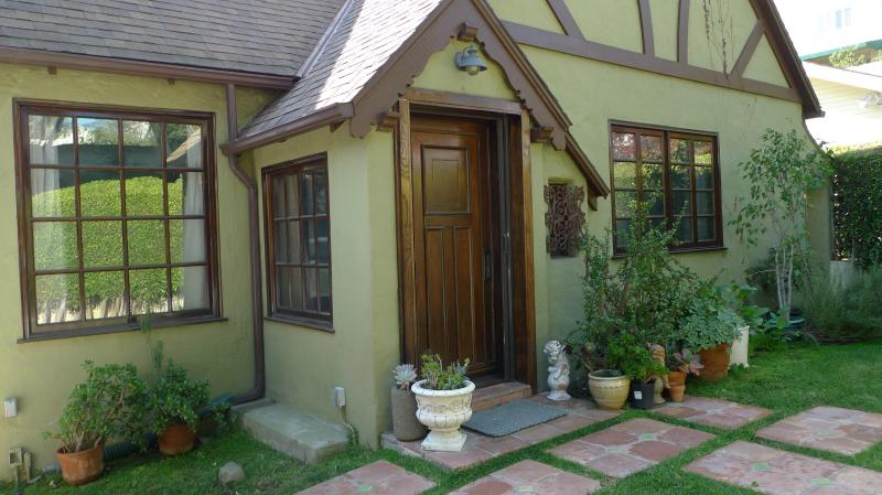 W. Hollywood /Beverly Hills adj House +Guest house - Image 1 - West Hollywood - rentals
