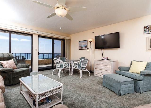 "Open view of this spacious 2 bedroom 6th floor unit. 46"" FLAT SC - SD 603:EVERYTHING NEW IN 2014!RIGHT ON BEACH!6th FLOOR BEACH FRONT 2 BEDROOM - Fort Walton Beach - rentals"