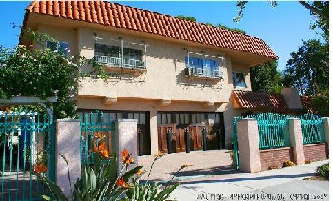 Welcome to Our Spanish Casita! - Anaheim Disney Resort Estate - Walk to Disney! - Anaheim - rentals