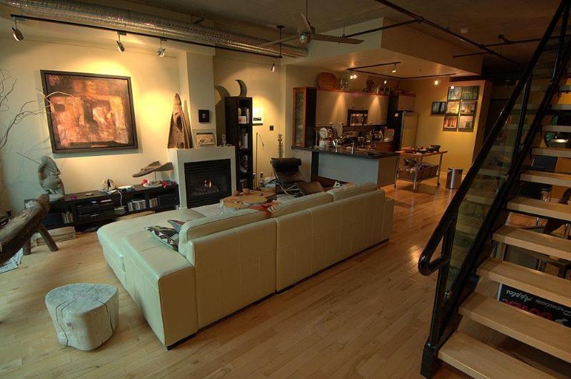 living area - Urban Ocean Luxury Townhouse - Victoria - rentals