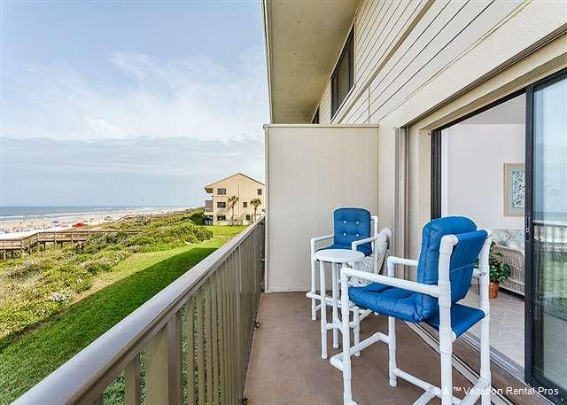 The oceanfront balcony, always irresistible! - Summerhouse 102 - Luxury, Ocean Front, Corner Unit, HDTV, New - Saint Augustine - rentals