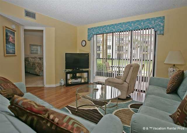 Put your feet up and unwind - Ocean Village P16, Ground Floor Unit, Wifi, 2 pools, tennis - Saint Augustine - rentals