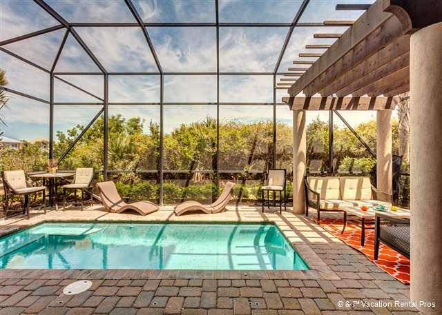 Wind Song luxury pool, lanai - Wind Song, Heated Pool, New HDTVs, OceanView Crow's Nest - Palm Coast - rentals