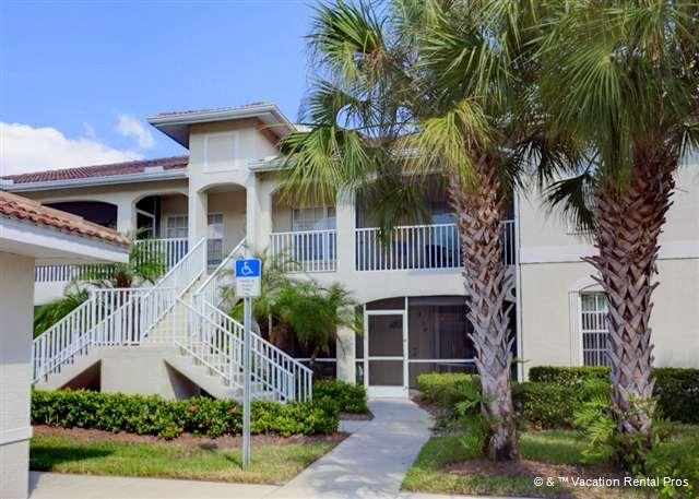 Enjoy condo living when you're on your Florida vacation! - L Pavia Condo with pool near the beach - Venice - rentals