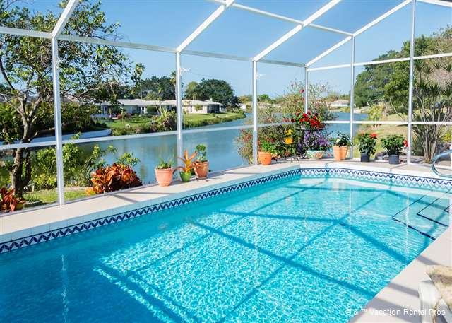 Float serenely in our private pool while enjoying the lakeview! - Cambridge House with Private Pool, Lanai, Wifi & LCD TV - Venice - rentals