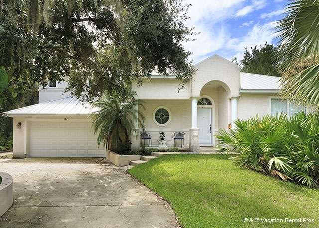 Our beautifully landscaped, well appointed house. - Sweet Symphony Beach house, 3 bedrooms - Saint Augustine - rentals