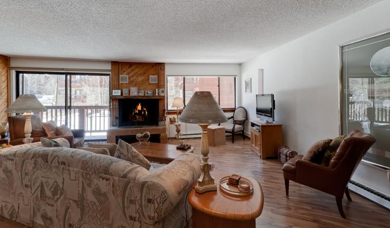 2 Bedroom, 2 Bathroom House in Breckenridge  (15C) - Image 1 - Breckenridge - rentals