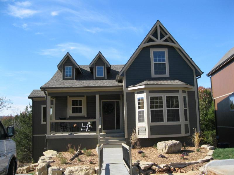 My Wildwood Cottage Home 3 levels, 6 Beds and 5 Baths - My Wildwood Cottage Home   Unpack ~ Relax! - Branson - rentals