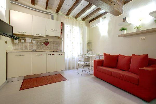 Holiday Rental at Appartamento Mughetto in Florence - Image 1 - Florence - rentals