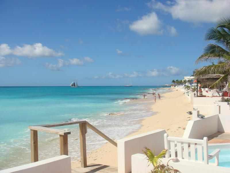 View from Patio - 3 bdrm 3 bath Villa on the beach in st. maarten - Simpson Bay - rentals