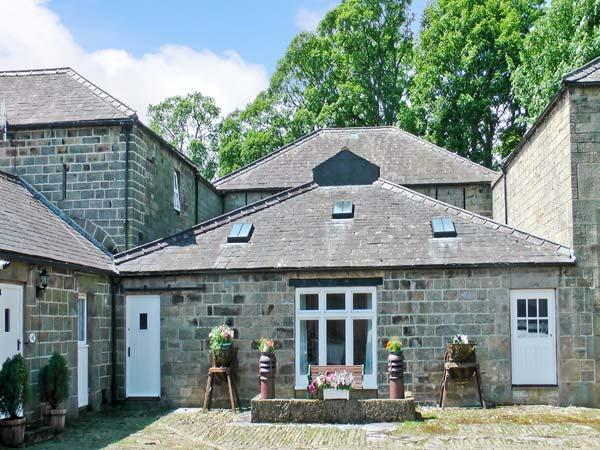 BARN OWL COTTAGE, pet friendly, character holiday cottage, with a garden in Pateley Bridge, Ref 12884 - Image 1 - Pateley Bridge - rentals