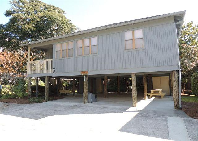 Guest Cottage #62 Perfect for Families, Large with Covered Parking Under - Image 1 - Myrtle Beach - rentals