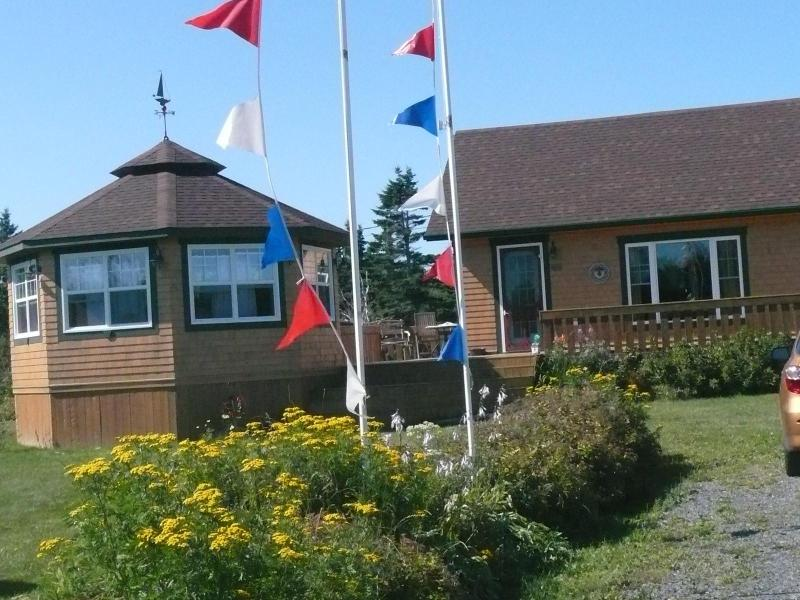 Miscou's seaside awesome cottage - Image 1 - Miscou - rentals