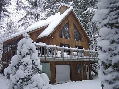 Ski or snowshoe out your front door! - Adirondack Mountain Chalet- 33 acres of privacy! - Paul Smiths - rentals