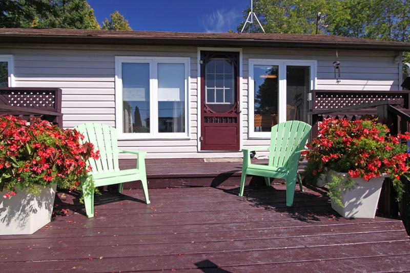 Howdenvale Hilton cottage (#694) - Image 1 - Sauble Beach - rentals