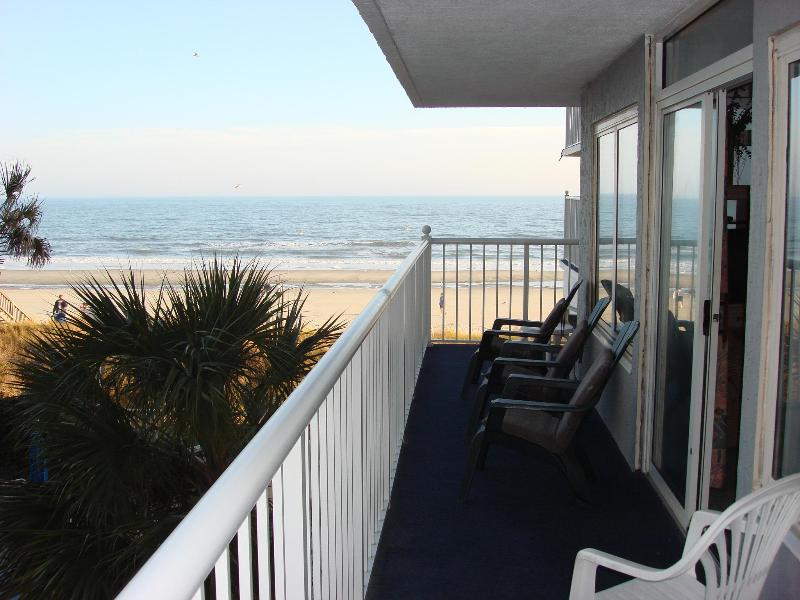 Large L-shaped balcony, direct oceanfront - Spacious 3 BR Oceanfront condo in Myrtle Beach - Myrtle Beach - rentals