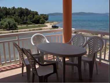 A2(4+2): terrace - 4163  A2(4+2) - Sukosan - Sukosan - rentals