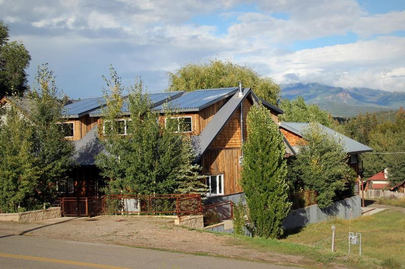 View from the street - Custom Home w/ Hot Tub in Downtown, sleeps 4 - Pagosa Springs - rentals