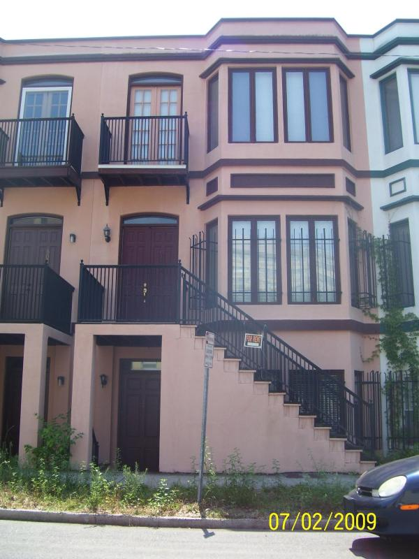 Historic -area 2bdroom --townhouse front - Historic Savannah -- townhouse 2br. - Savannah - rentals
