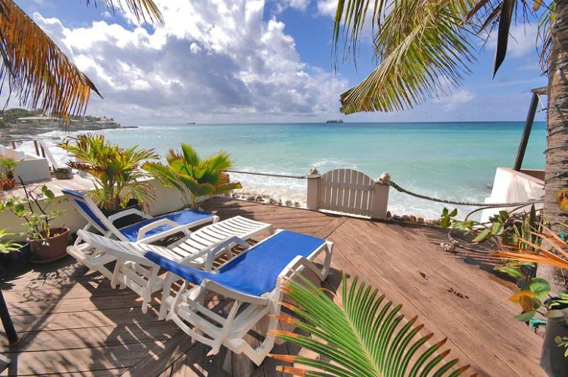 SMART VILLA...beachfront in Pelican Key, St Maarten 800 480 8555 - SMART VILLA...nestled beachfront at Pelican Key - Pelican Key - rentals