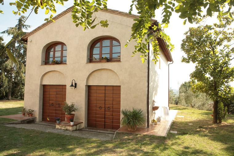 The hayloft entrance - Private Hayloft with Garden near Montespertoli - Montespertoli - rentals