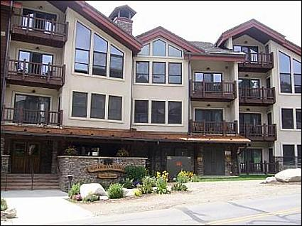 Close to the Peachtree and West Wall Lifts - Beautiful Views of Mt. Crested Butte - Upscale Luxury Condo (1010) - Crested Butte - rentals