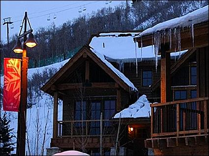 Beautiful Mountain Side Condo - Close to Everything - Beautiful Furnishings Throughout (24513) - Park City - rentals