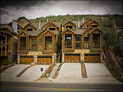 Newly Built Townhome - Timber Accents Throughout - Walk to Main Street (24643) - Park City - rentals