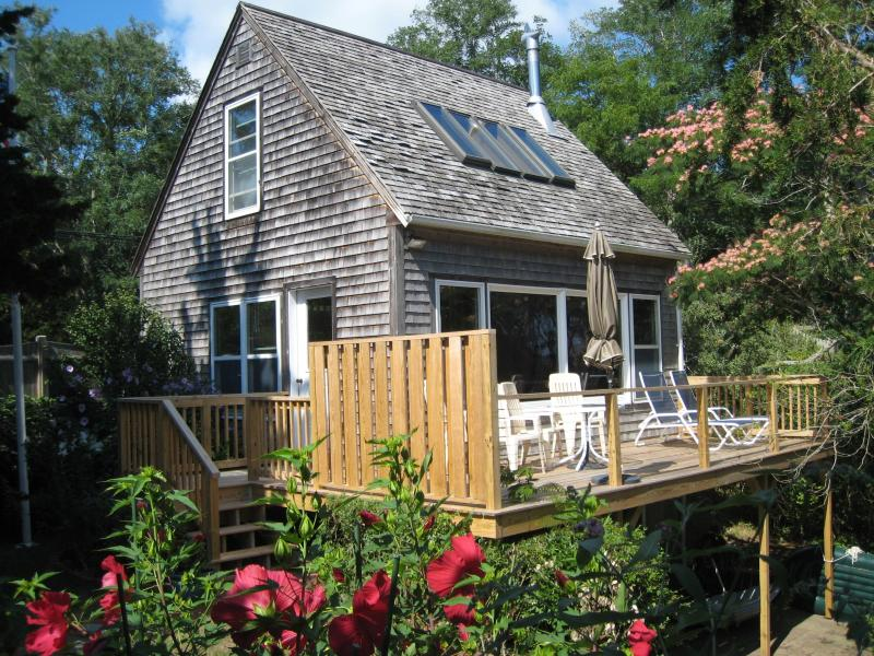 Aunt Sukies Cottage with private deck overlooking the bay - Waterfront on private bayside beach - Wellfleet - rentals