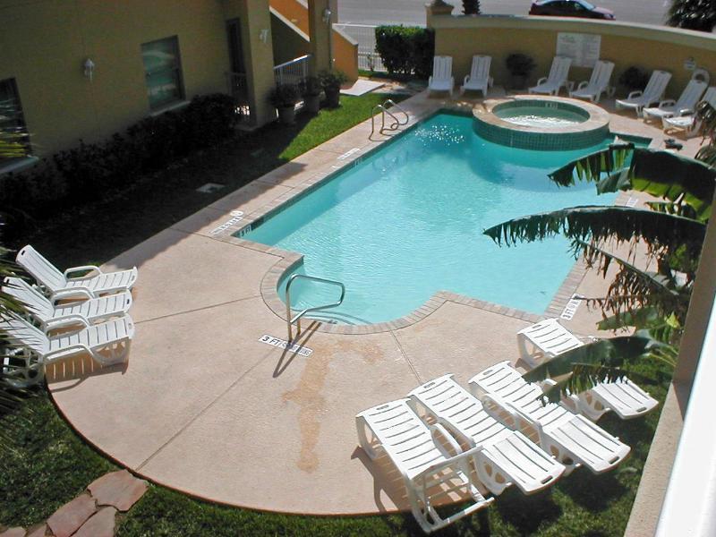 Pool - Las Verandas tastefully appointed luxury condo - South Padre Island - rentals
