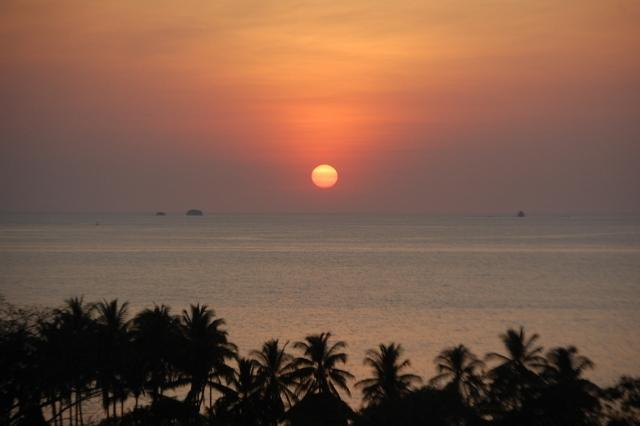 Sunset from balcony - AMAZING  OCEAN AND SUNSET VIEWS OVER PLAYA PENCA - Playa Potrero - rentals