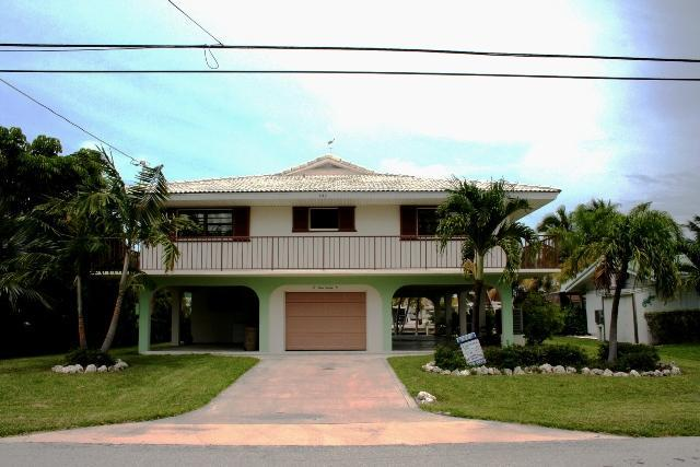 Front of house - Judy's Gem, spacious single family home, # 34 - Key Colony Beach - rentals