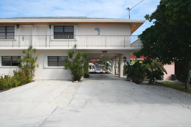 Front of house/parking - Key Pad, affordable 3/2!  # 88 - Key Colony Beach - rentals