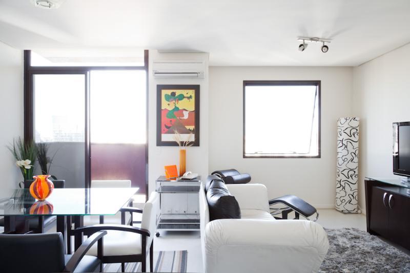 1 Bedroom Apartment in Itaim Bibi - Image 1 - Sao Paulo - rentals