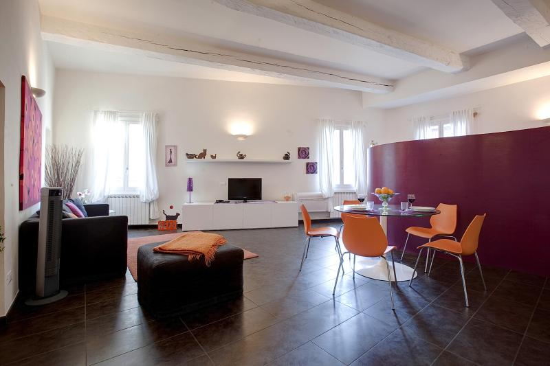 Open Studio Apartment in Florence by Duomo - Image 1 - Florence - rentals