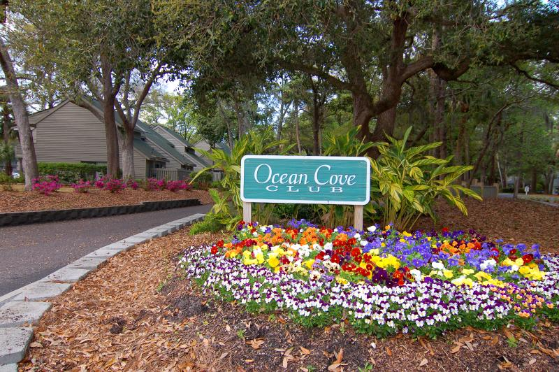Entrance to Ocean Cove - Ocean Cove at Palmetto Dunes - 3 Bedroom Villa - Hilton Head - rentals