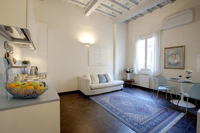 1 Bedroom Apartment at Blue-Sky Suite in Florence - Image 1 - Florence - rentals