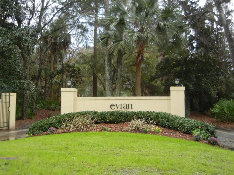 Evian at Shipyard Entrance - 287 Evian at Shipyard - Hilton Head - rentals