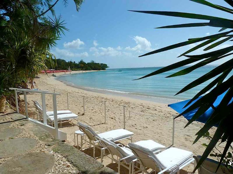 Landmark House & Cottage at Sandy Lane Beach, Barbados - Beachfront, Gated - Image 1 - Holetown - rentals