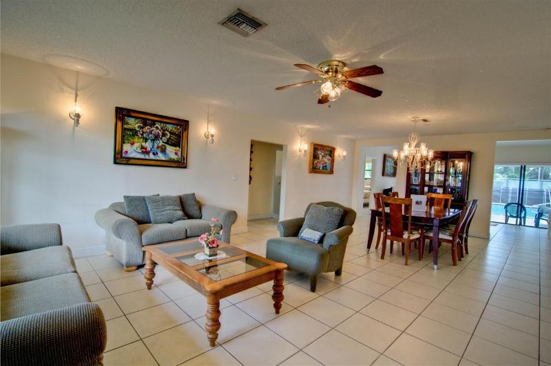 Uncle Meyer's Villa #1111  NORTH MIAMI BEACH, FL - Image 1 - North Miami Beach - rentals