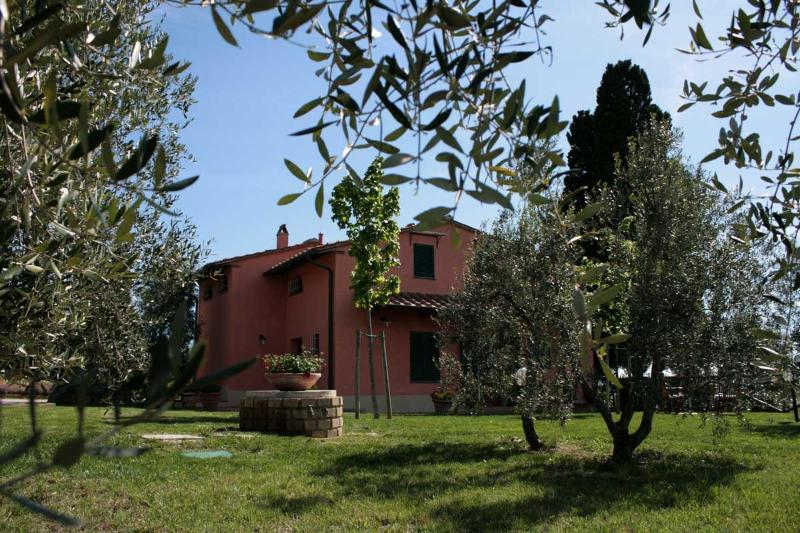 Villa on the hill , absolute peace and privacy - Image 1 - Vinci - rentals