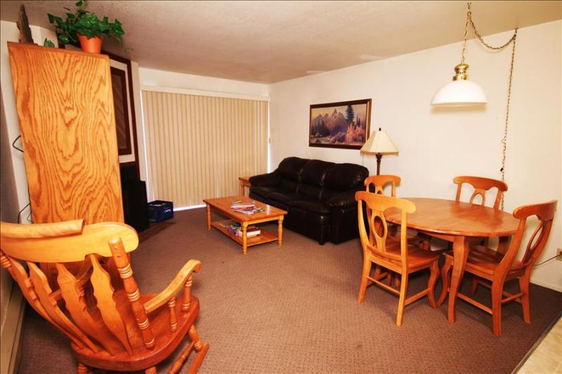 Snowcrest 113: Walk to Park City Mountain Resort from this Affordable Vacation Rental - Image 1 - Park City - rentals