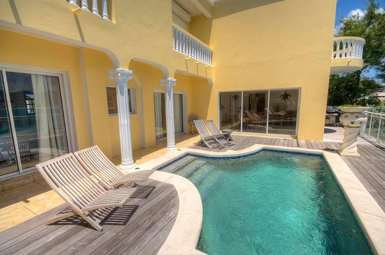 Villa Tara - Ideal for Couples and Families, Beautiful Pool and Beach - Image 1 - Saint Martin-Sint Maarten - rentals