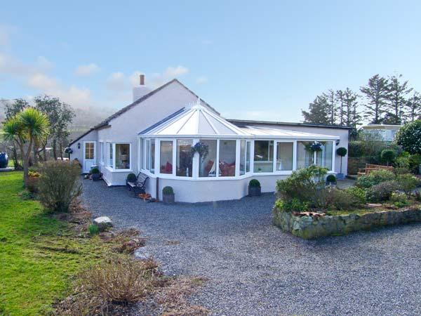 Seaview, Anglesey Ref 13988 - Image 1 - Moelfre - rentals