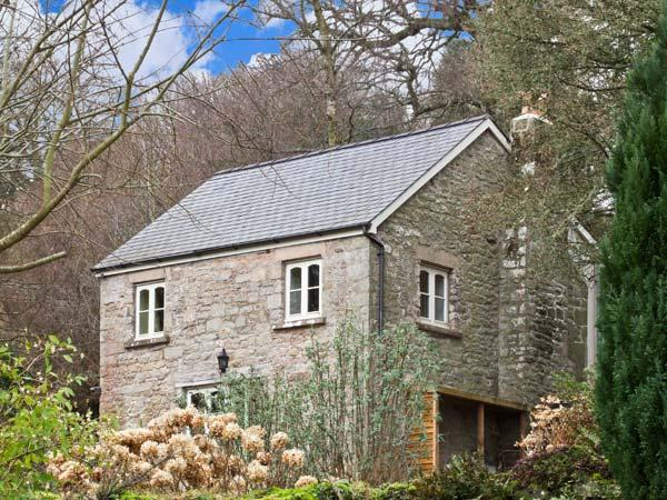 THE GENERALS COTTAGE, family friendly, country holiday cottage, with a garden in Penallt, Ref 13460 - Image 1 - Monmouth - rentals