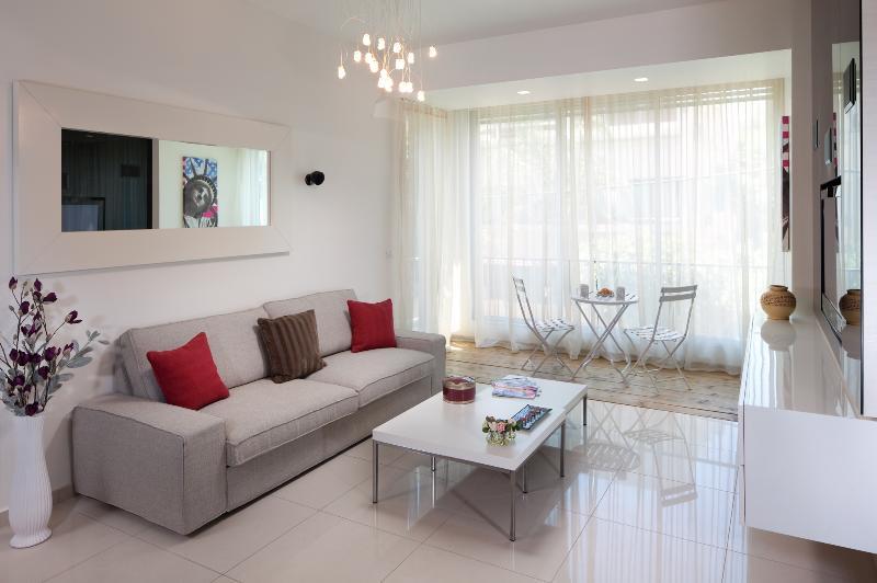 EMERALD - Image 1 - Tel Aviv - rentals